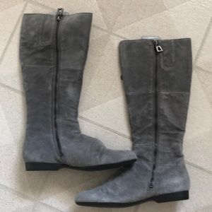 Gray suede Enzo Angiolini boots, size 8.5
